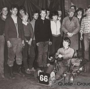 04-NW-GRA-09-Kart-Gruppe-mit-Gerd Grauert.jpg