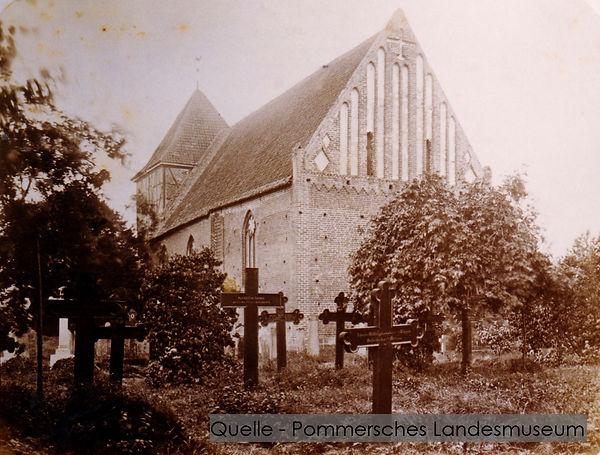 16-N-POM-01-Kirche-Neuenkirchen-vor-1945