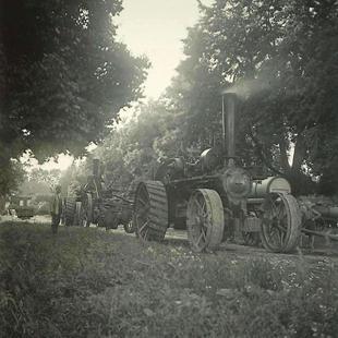 08-W-UNI-ARCH-26-Schwere-Maschine