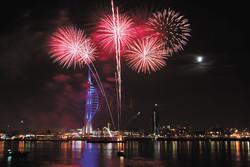 spinnaker-portsmouth fireworks
