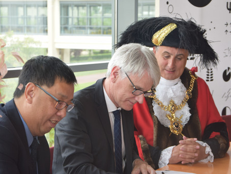 Universities of Caen and Portsmouth sign charter of co-operation