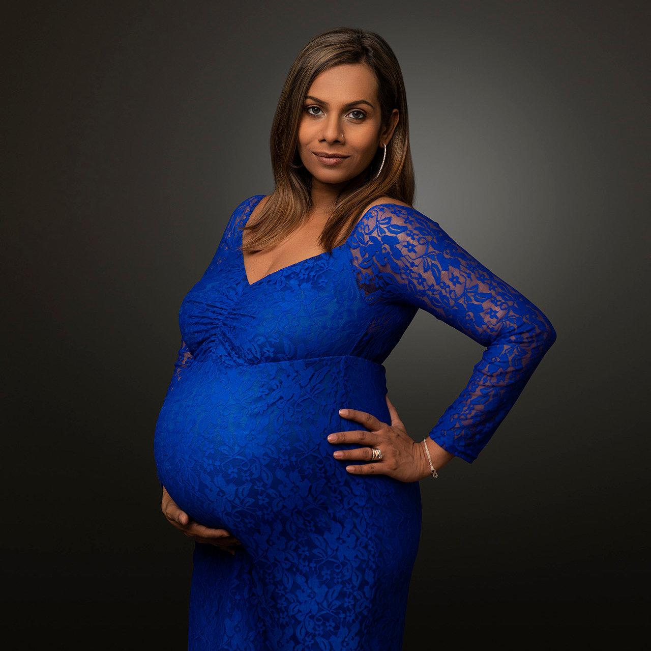 Studio Maternity Full Session