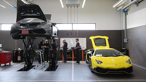 Lamborghini-Service-Weeek-7-4_edited.jpg