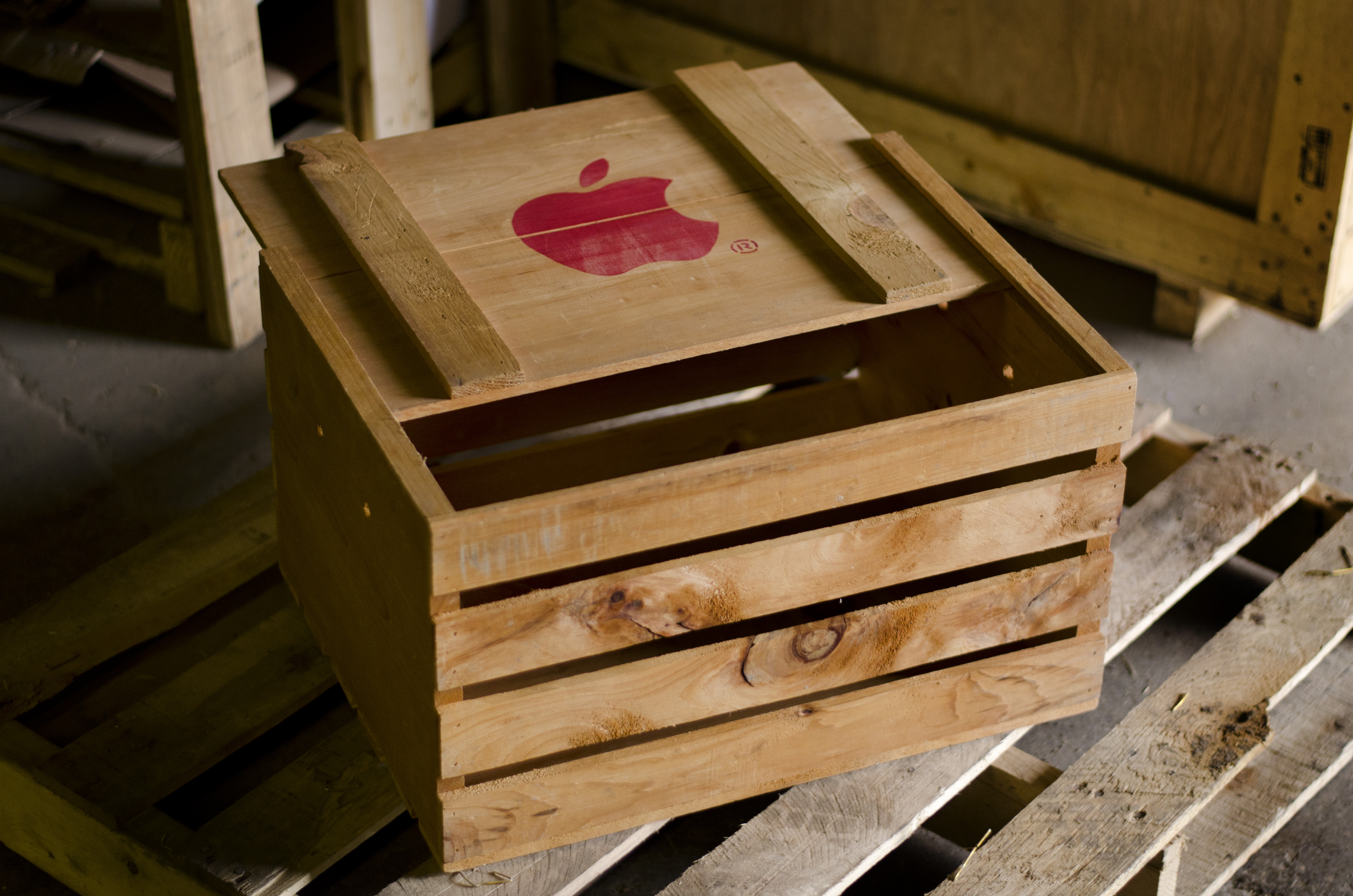 Apple Wooden Crate