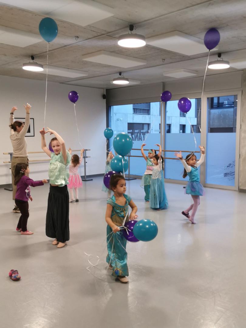 Kindergeburtstag Tanz Aladin 2019.jpg