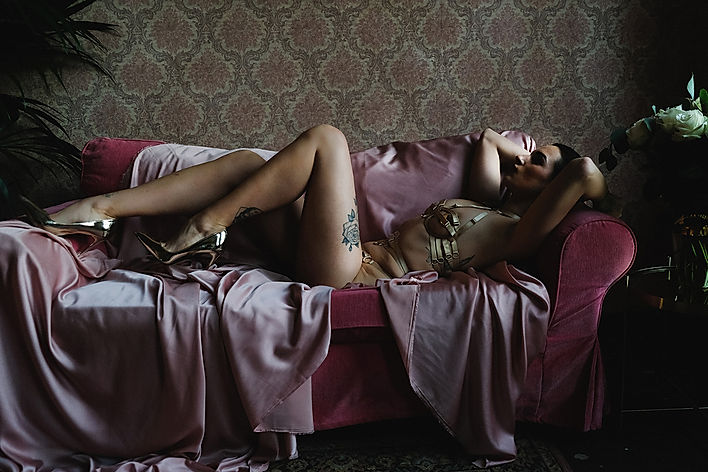 GDDSS. is a luxury erotic lingerie brand. The online shop for sexy bridal and bondage designer lingerie and underwear.