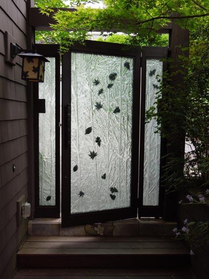 Custom Embossed Glass Gate