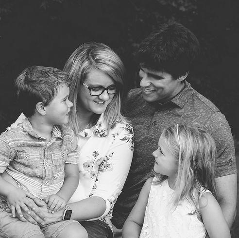 fb Cayemberg Family 2019 (2) - bw.jpg