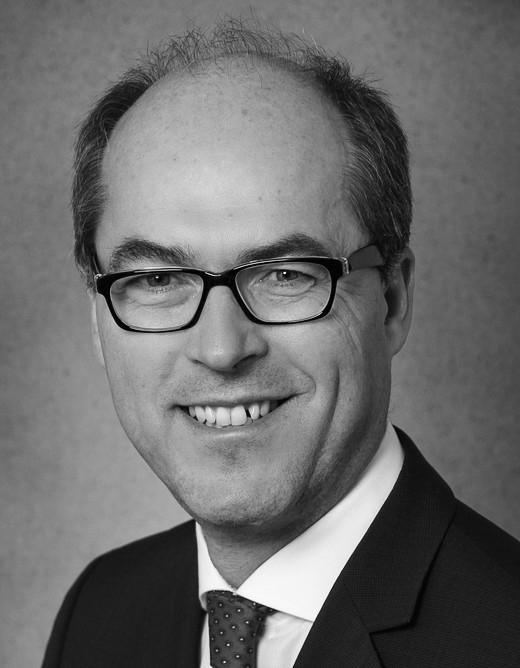 Dr. Christian Mundo   Siemens