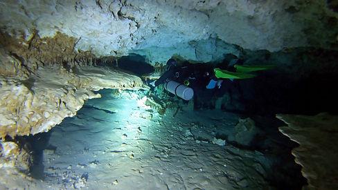 me full cave4.jpg