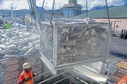 cargo loading/discharging