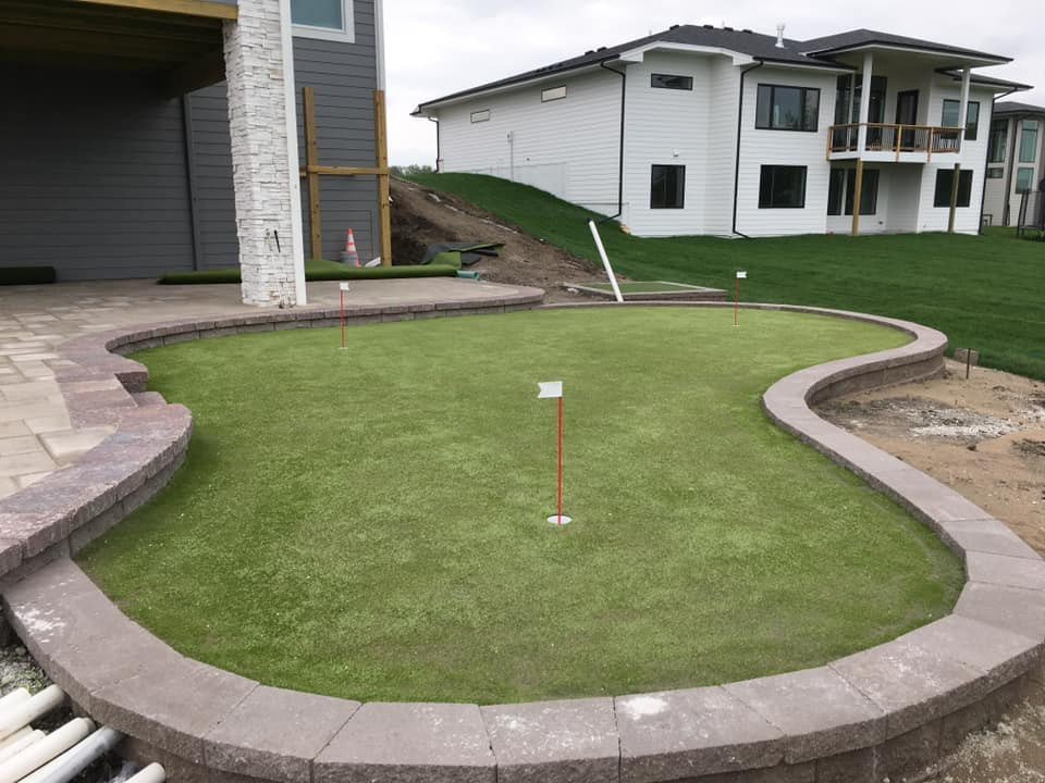 Putting Green.jpg