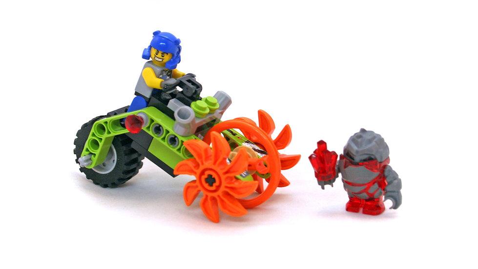 Lego 8956 Power Miners Stone Chopper 100% complete No Box
