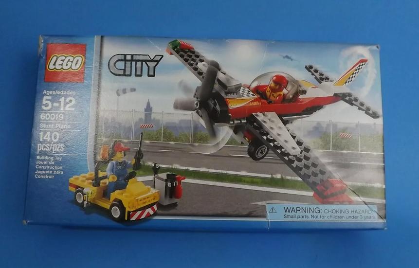 Lego City 60019 Stunt Plane & Service Car COMPLETE