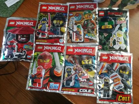 Lot Of 7 LEGO NINJAGO MINIFIG FOIL PACKS Sealed