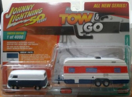 Johnny Lightning Tow & Go 1965 VW Type 2 with Vintage House Trailer VER B