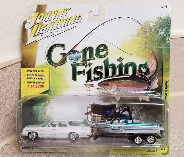 Johnny Lightning 1973 Chevrolet Caprice Gone Fishing White Lightning *MIB*