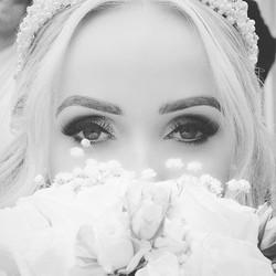 One of my beautiful brides Sarah! 💕💕 P