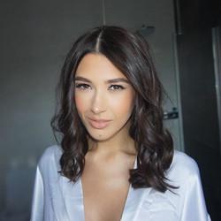 Claudia 💓_• _maccosmetics Face and Body