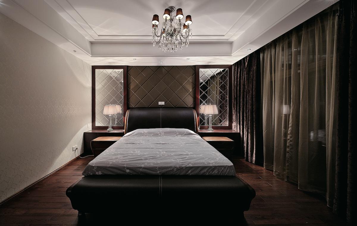зеркальное паано в спальне