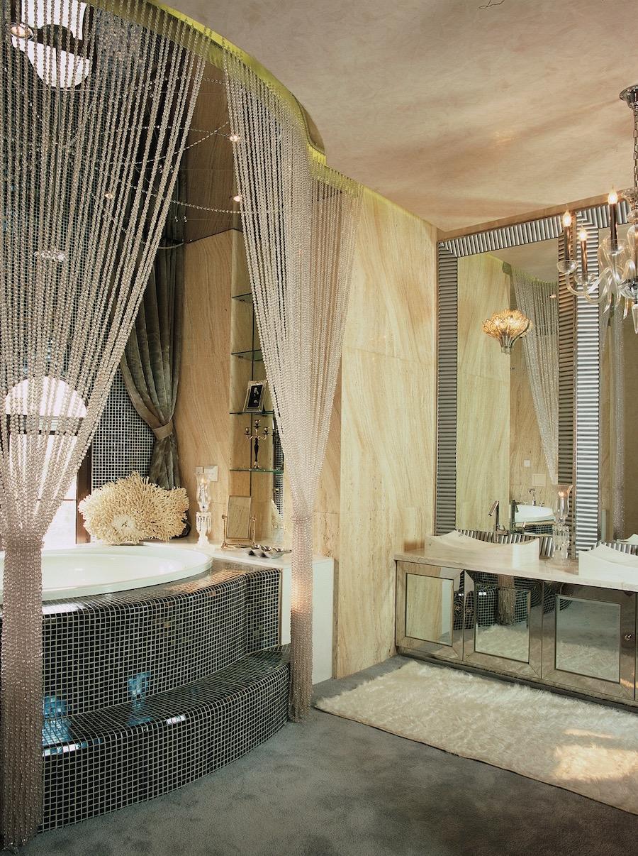 комбинированные  зеркала для ванной