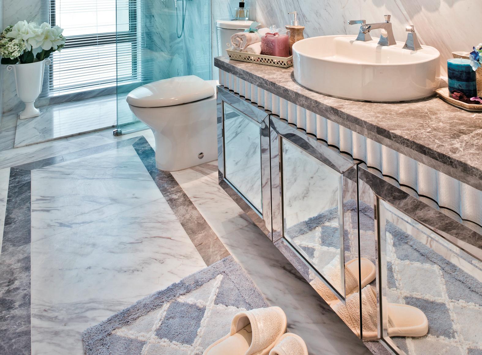зеркальная мебель для ванной