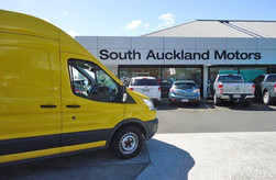 South Auckland Ford supporters