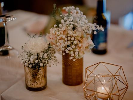 Was kostet so eine Blumendekoration für einen Hochzeit?