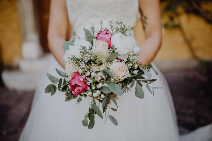 Brautstrauß mit Pfingstrosen
