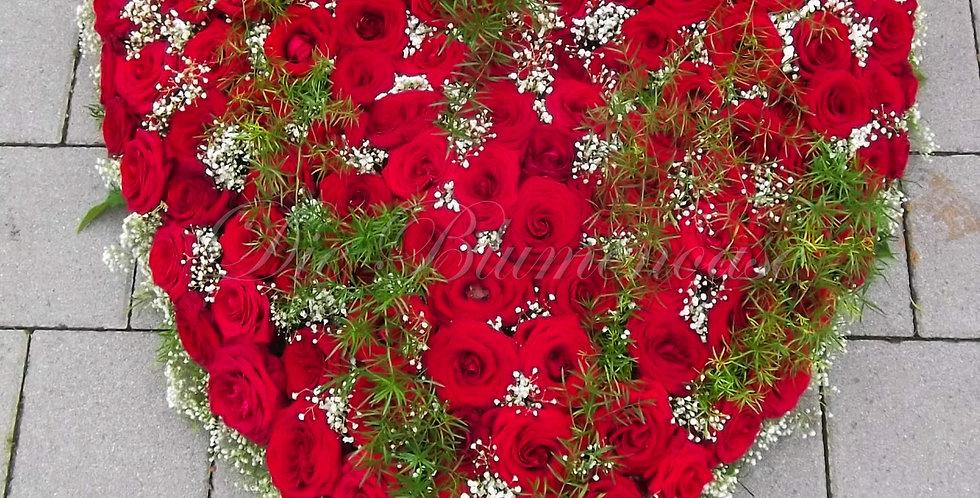Blüten Herz geschlossen gerade