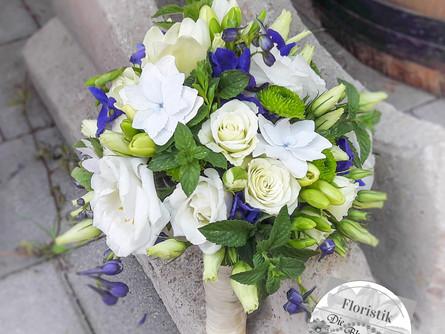 Blau-Weiss für Gina & Hendrik