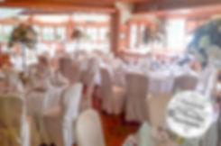 Tischdekoration, Blumen für den Hochzeitstisch, Hochzeitsblumen, Centerpieces, hohe Blumengestecke, große Blumendekoration