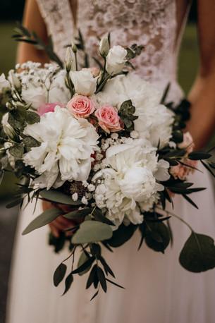 Boho Blumenstrauß in Rose weiss
