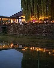 Schlossinsel Altfraunhofen,.webp