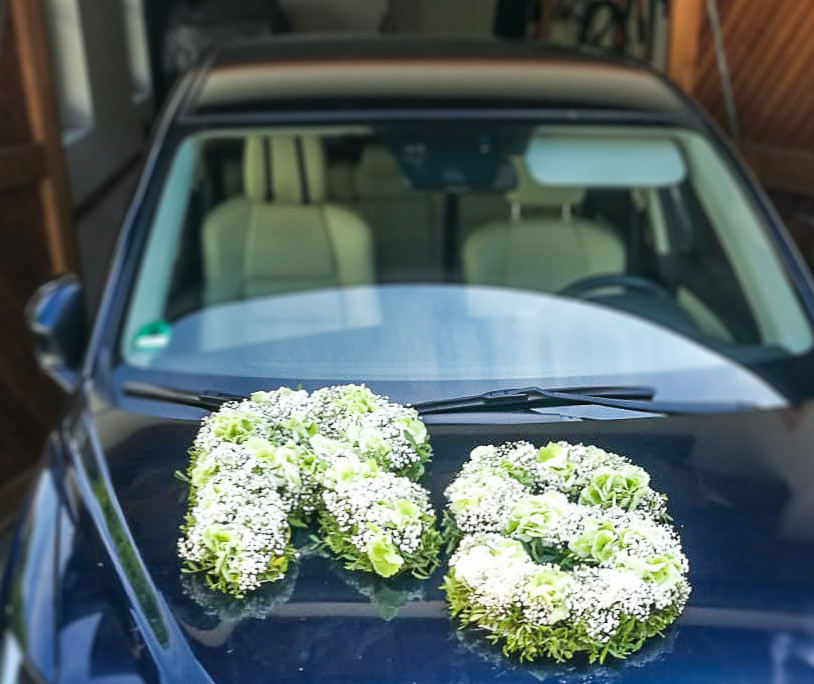 Hochzeitsauto mit Buchstaben