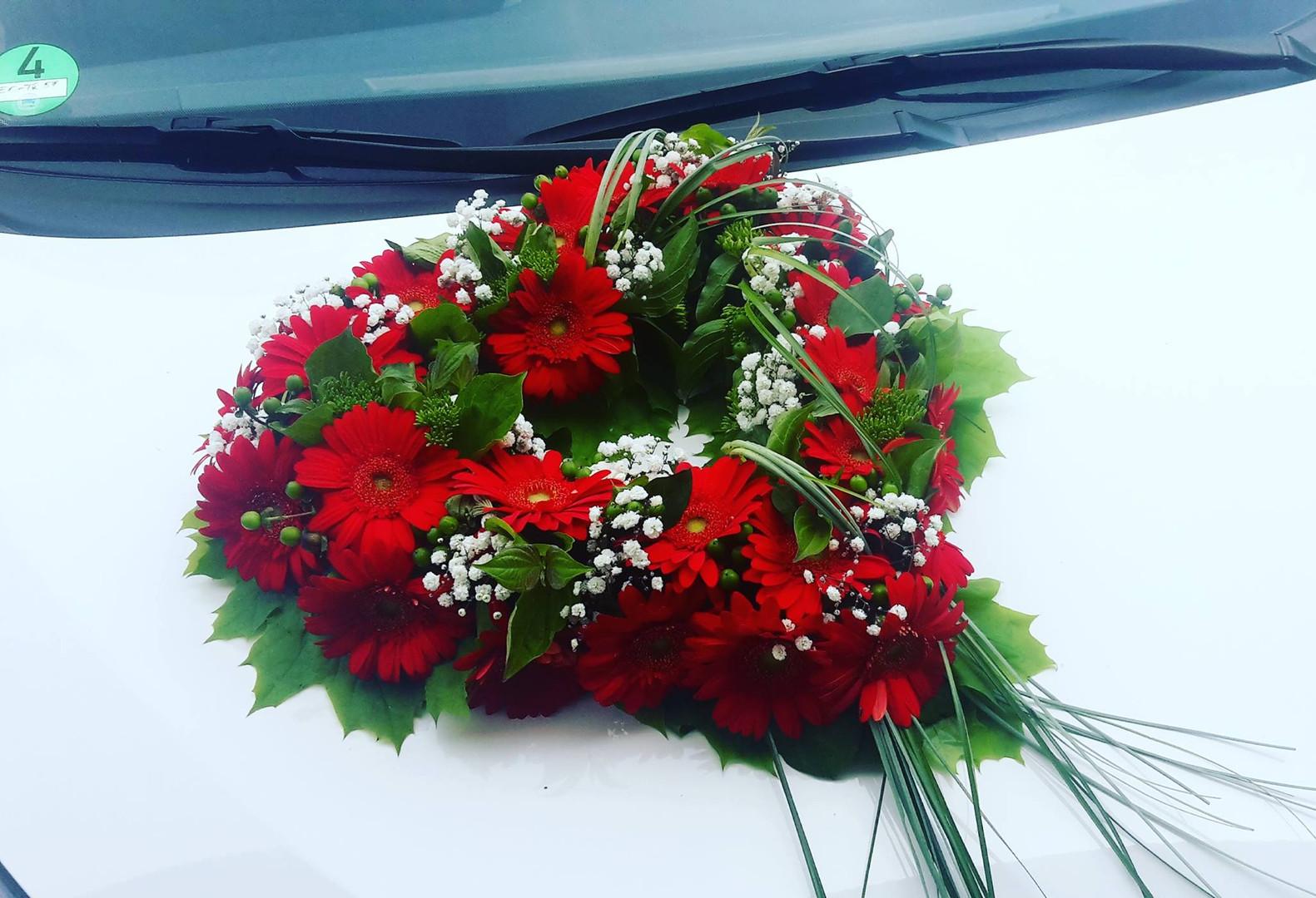 Blumenherz in Rot