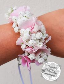 Blumenarmbändchen in rosa weiss