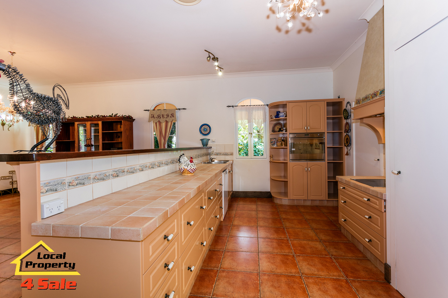 182 Long Rd Tamborine Mountain - Kitchen