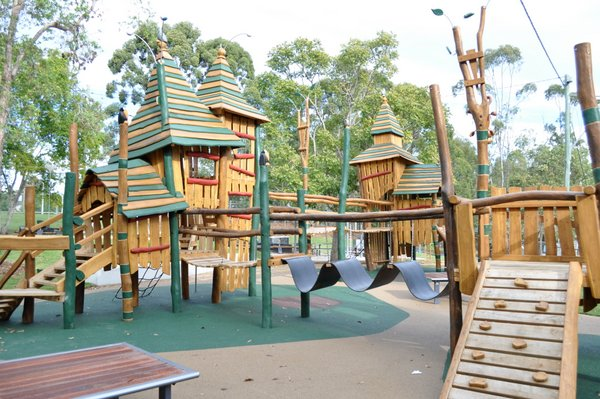 Underwood-Park-Wedding-South-Brisbane-playcentre