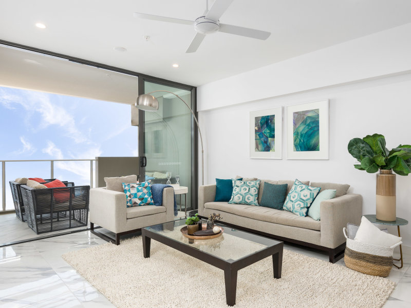 Palazzo - Living Room