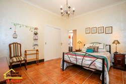 182 Long Rd Tamborine Mountain - Bedroom 3