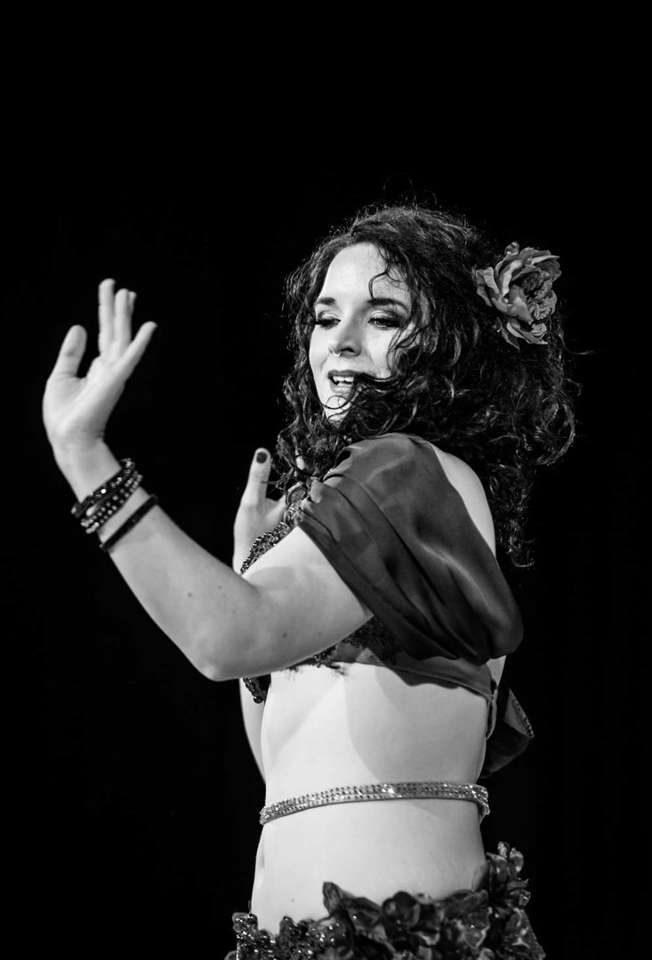 Belly Dancer black and white Tara Yasmin