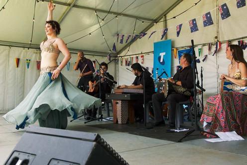 Live band belly dancer Tara Yasmin finale
