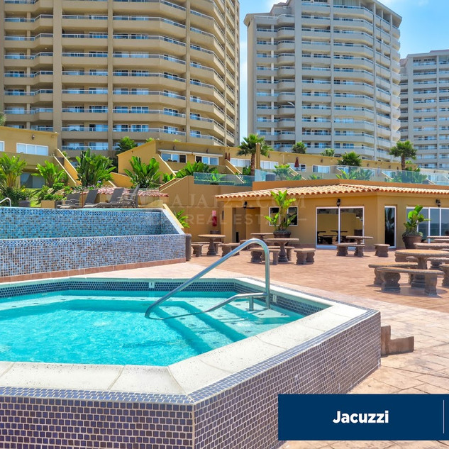 LJR - Jacuzzi02-Baja123.jpg