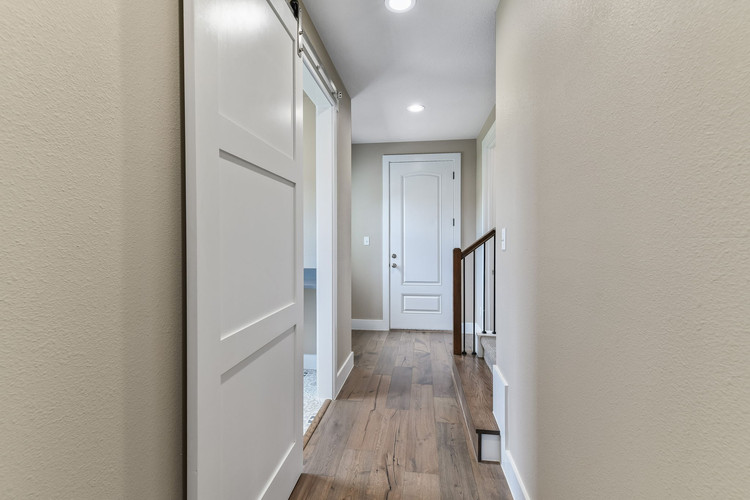 026-Hallway-FULL.jpg