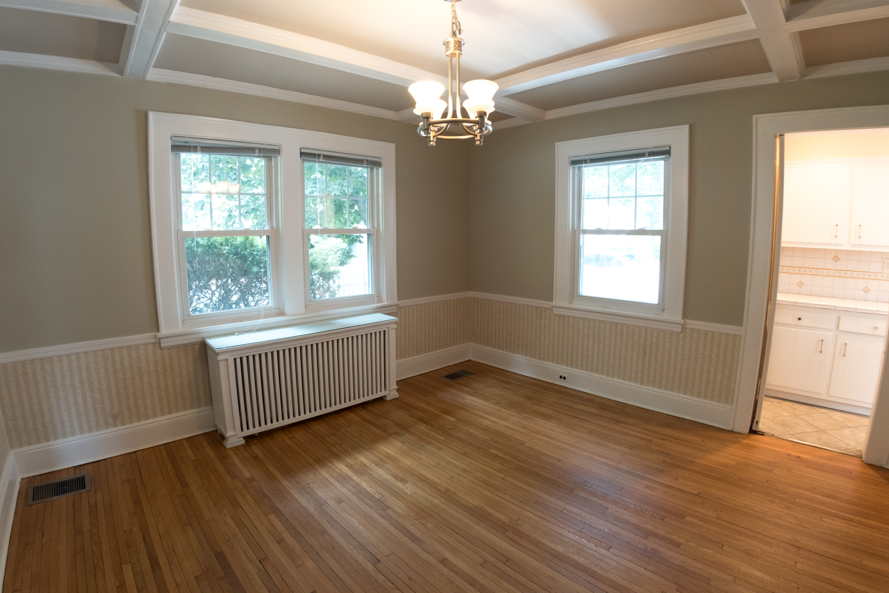 37 Vanderburgh Ave - Dining Room-7840
