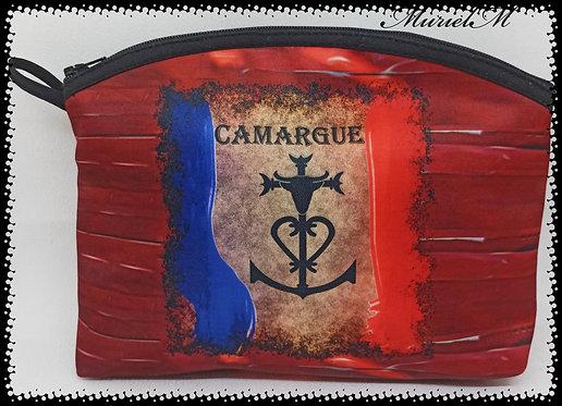 trousse arrondie croix de Camargue vintage