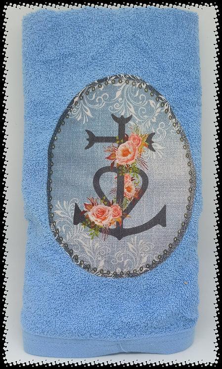 serviette de toilette croix de Camargue roses muriel-m