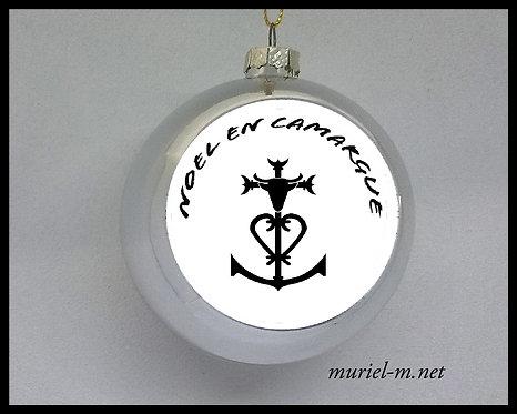 boule de noël croix de Camargue