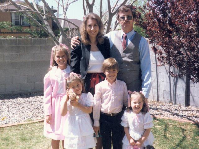 25 Family ABQ Easter.jpg